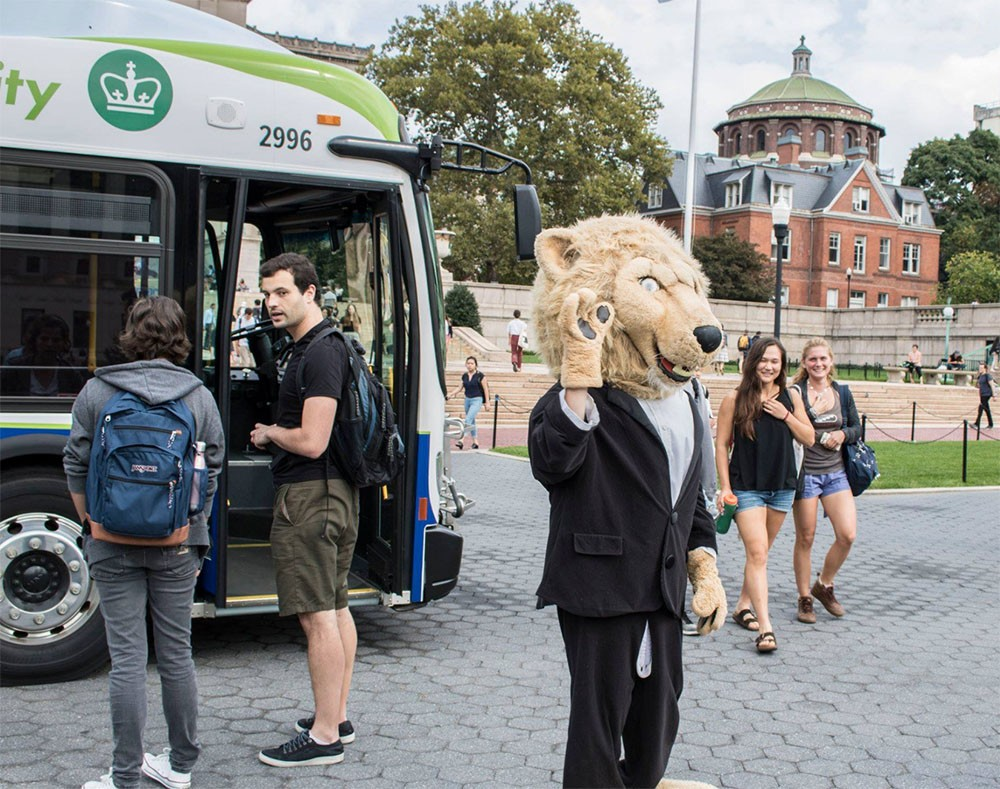 Roar-ee and electric bus
