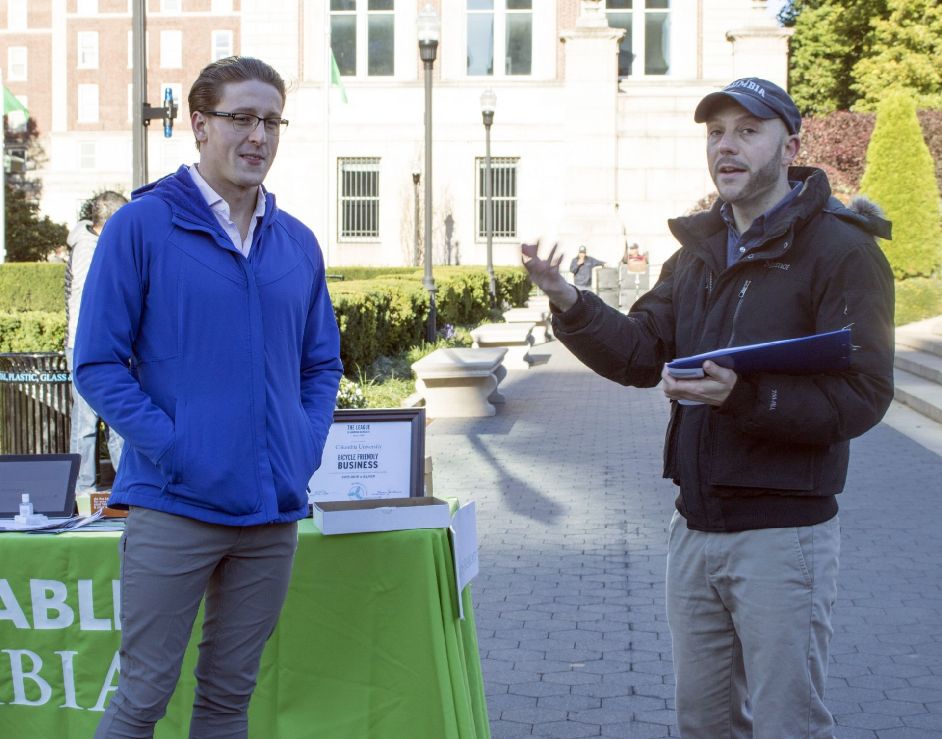 Steve Sholdra (left) receives a Sustainable Commuter award from Dan Allalemdjian at the 2018 Bike Recognition Breakfast